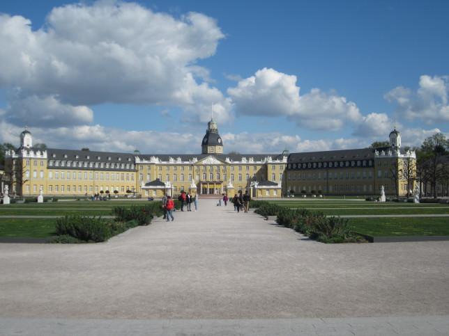 Schloss Karlsruhe (Bild: Klaus Dapp)