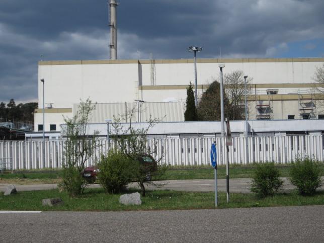 Ehemalige Wiederaufarbeitungsanlage des Kernforschungszentrums Karlsruhe (Bild: Klaus Dapp)