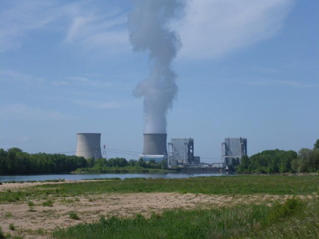 Bilck auf das Atomkraftwerk bei St-Laurend-Nouan (Bild: Klaus Dapp)