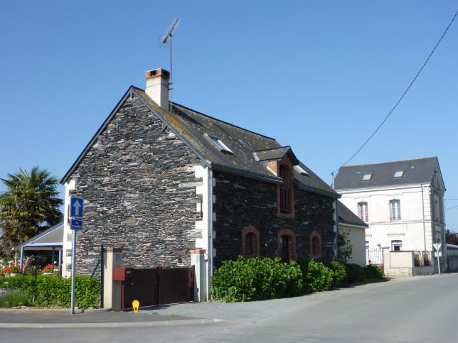 Bruchsteinhaus in St-Mathurin-sur-Loire (Bild: Klaus Dapp)
