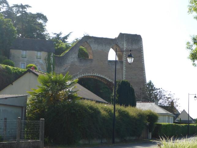 Ehemalige Industrieanlage in Montjean-sur-Loire (Bild: Klaus Dapp)