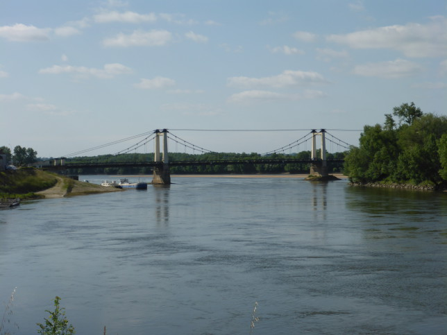 Brücke über die Loire in Montjean-sur-Loire (Bild: Klaus Dapp)