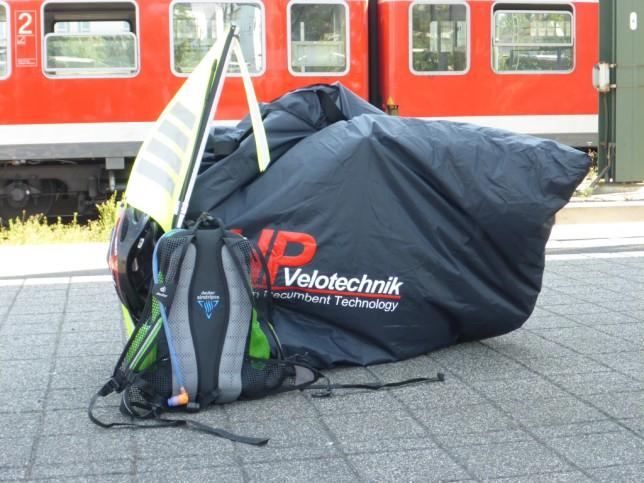 Zusammengefalteter Grasshopper im Hauptbahnhof in Darmstadt (Bild: Klaus Dapp)