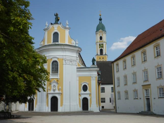 Kirche des ehemaligen Klosters Ochsenhausen (Bild: Klaus Dapp)