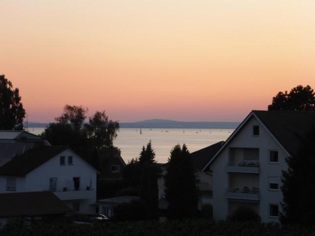 Sonnenuntergang von unserer Ferienwohnung aus gesehen (Bild: Klaus Dapp)