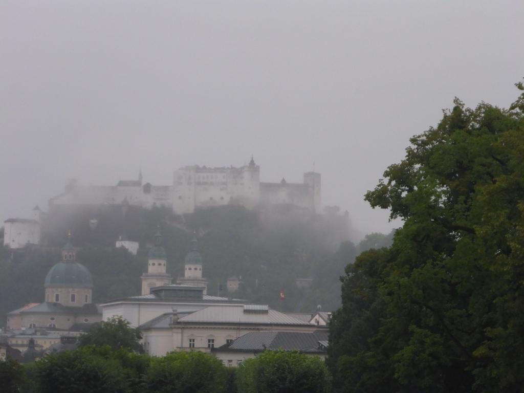 Festung Salzburg im Nebel (Bild: Klaus Dapp)
