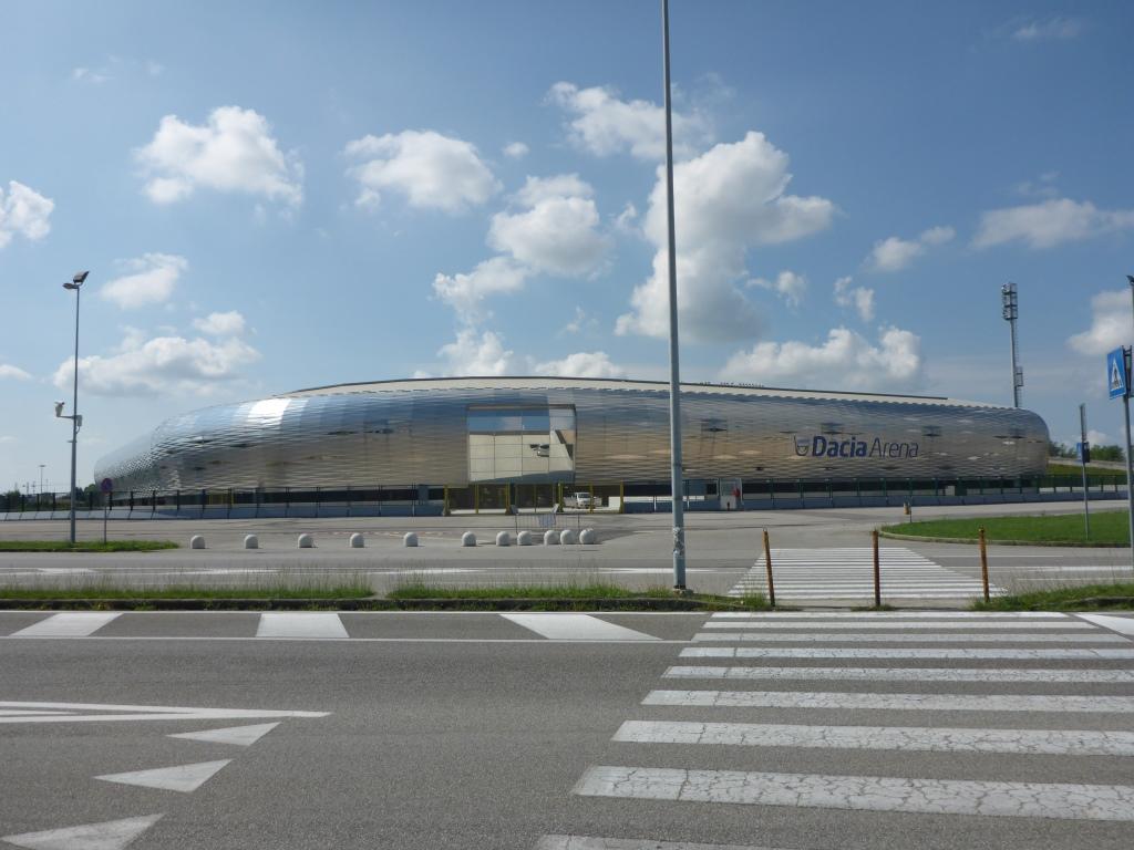 Stadion in Udine (Bild: Klaus Dapp)