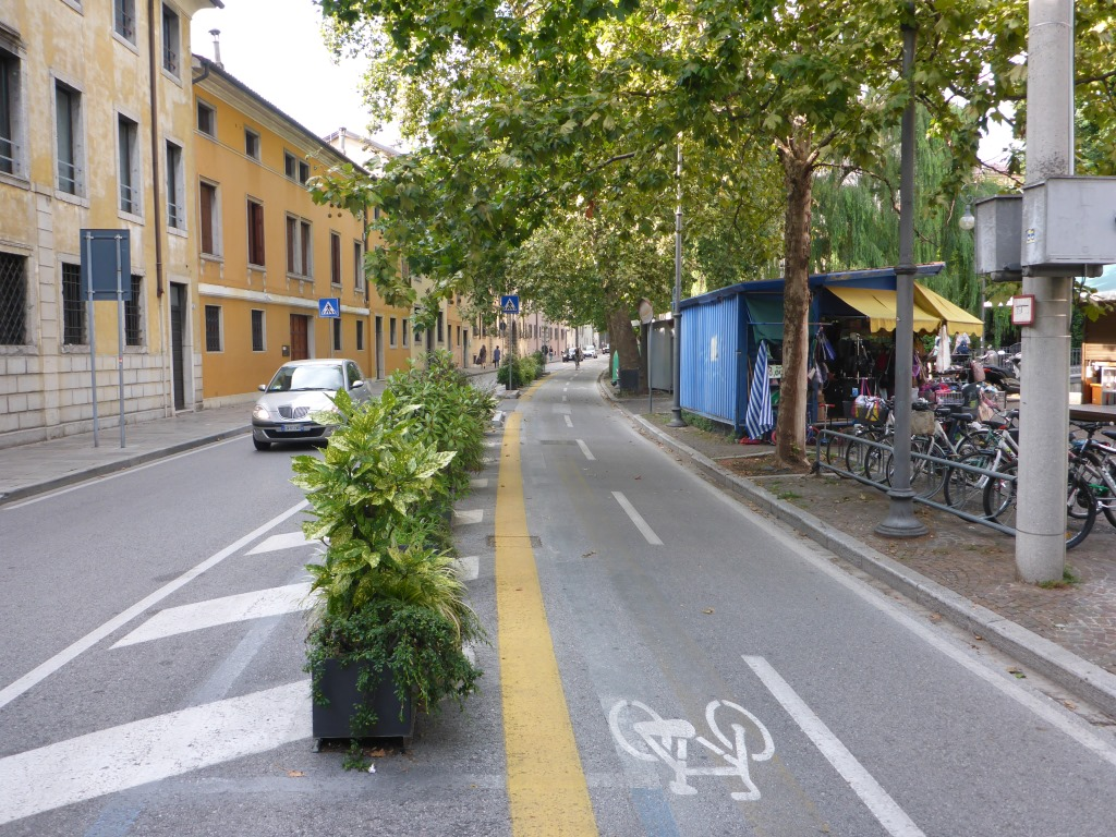 Radroute rund um die Innenstadt von Udine (Bild: Klaus Dapp)