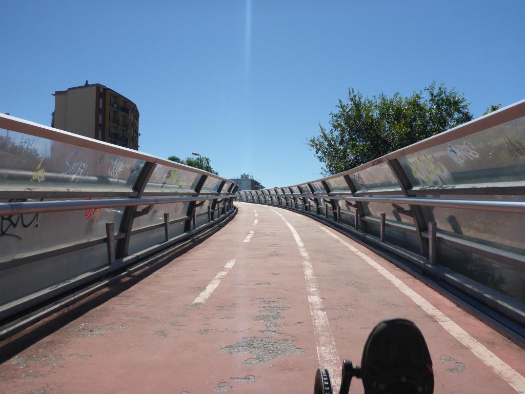 Umgebaute Eisenbahnbrücke des Radweges nach Draga (Bild: Klaus Dapp)