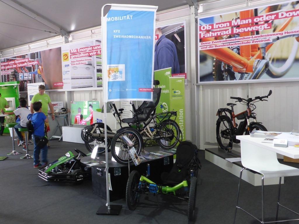 Zweiradhandwerk beim Hessentag 2017 in Rüsselsheim (Bild: Klaus Dapp)