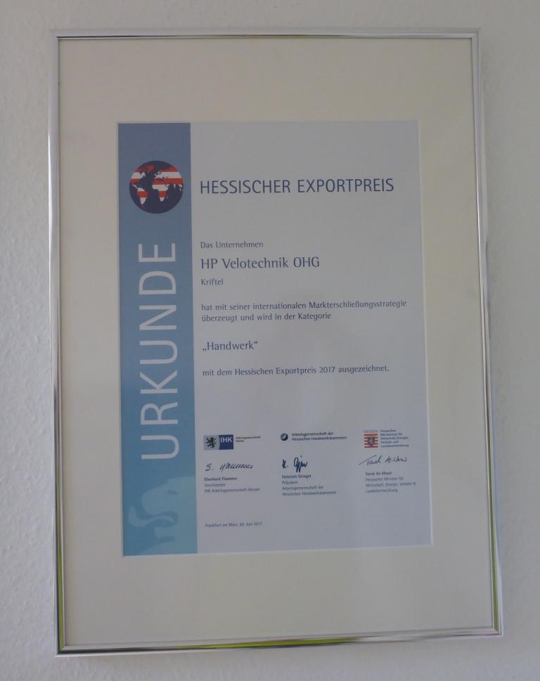 Urkunde zum Hessischen Exportpreis 2017 (Bild: Klaus Dapp)