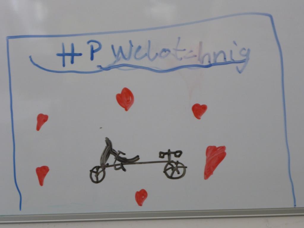 Fanbotschaft im Entwicklungsbüro bei HP Velotechnik (Bild: Klaus Dapp)