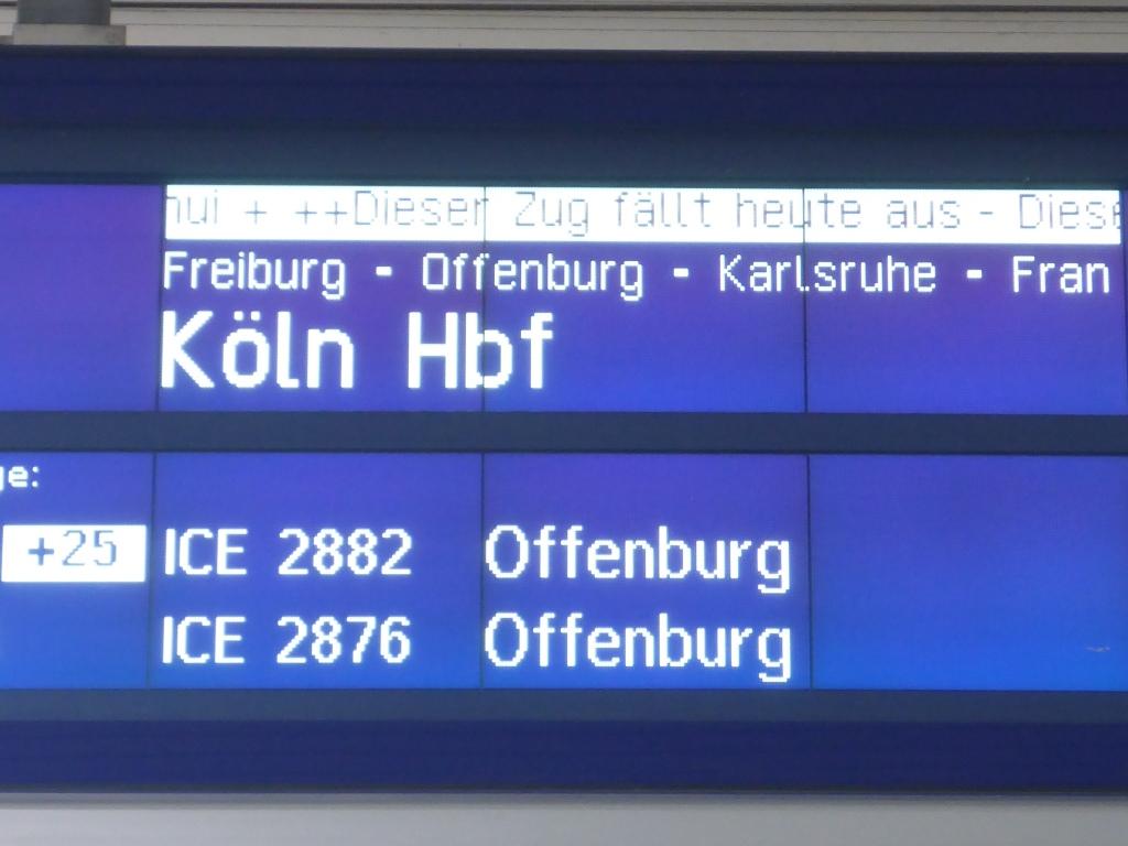 Reisendeninfo am Badischen Bahnhof (Bild: Klaus Dapp)
