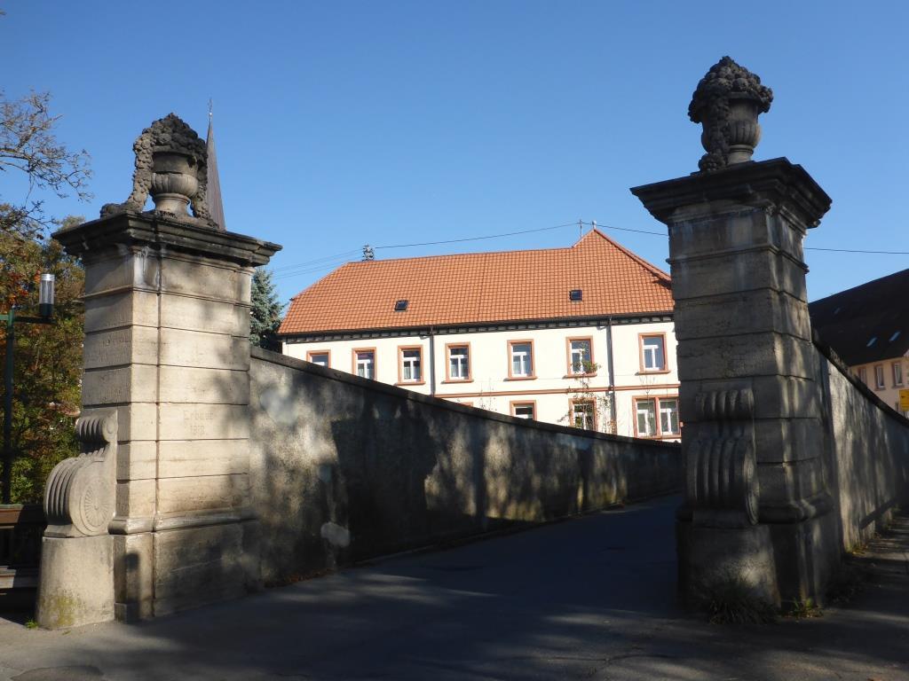 Historische Brücke über die Breg in Wolterdingen (Bild: Klaus Dapp)