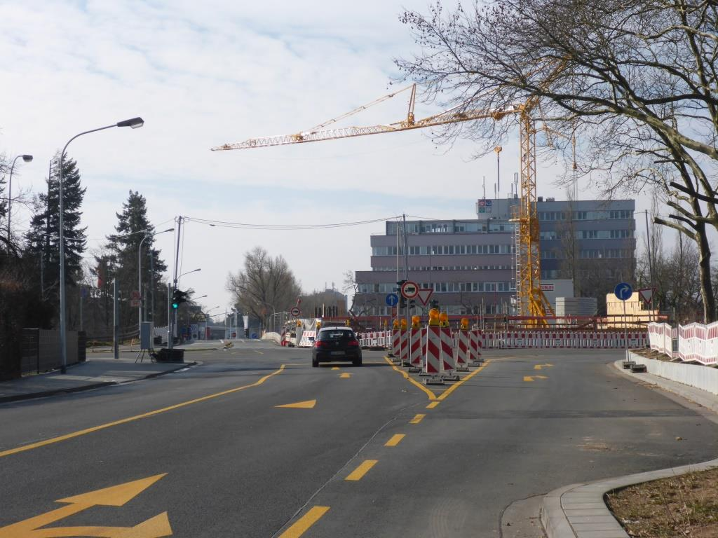 Umgebaute Kreuzung an der Bahn in Darmstadt (Bild: Klaus Dapp)