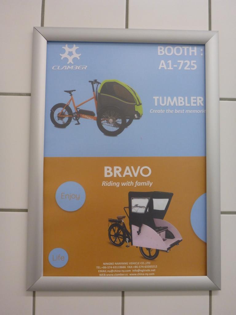Werbung auf der Toilette (Bild: Klaus Dapp)