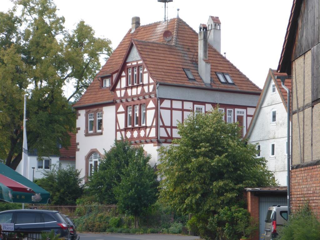 Altes Schulhaus im Schlitzer Ortsteil Pfordt (Bild: Klaus Dapp)
