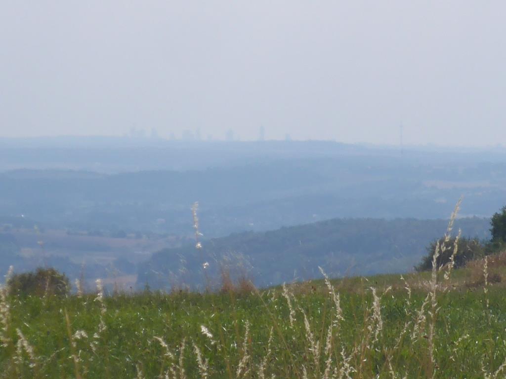 Blick über Wetterau und Vogelsberg Richtung Frankfurt (Blid: Klaus Dapp)