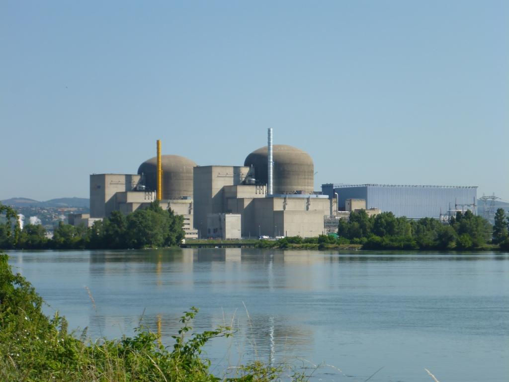 Atomkraftwerk Saint-Alban-du-Rhône (Bild: Klaus Dapp)