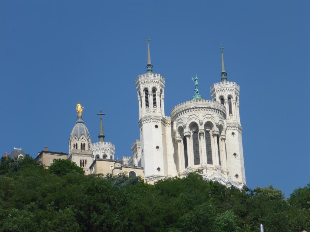 Wallfahrtskirche Notre-Dame de Fourvière auf dem Fourvière-Hügel (Bild: Klaus Dapp)