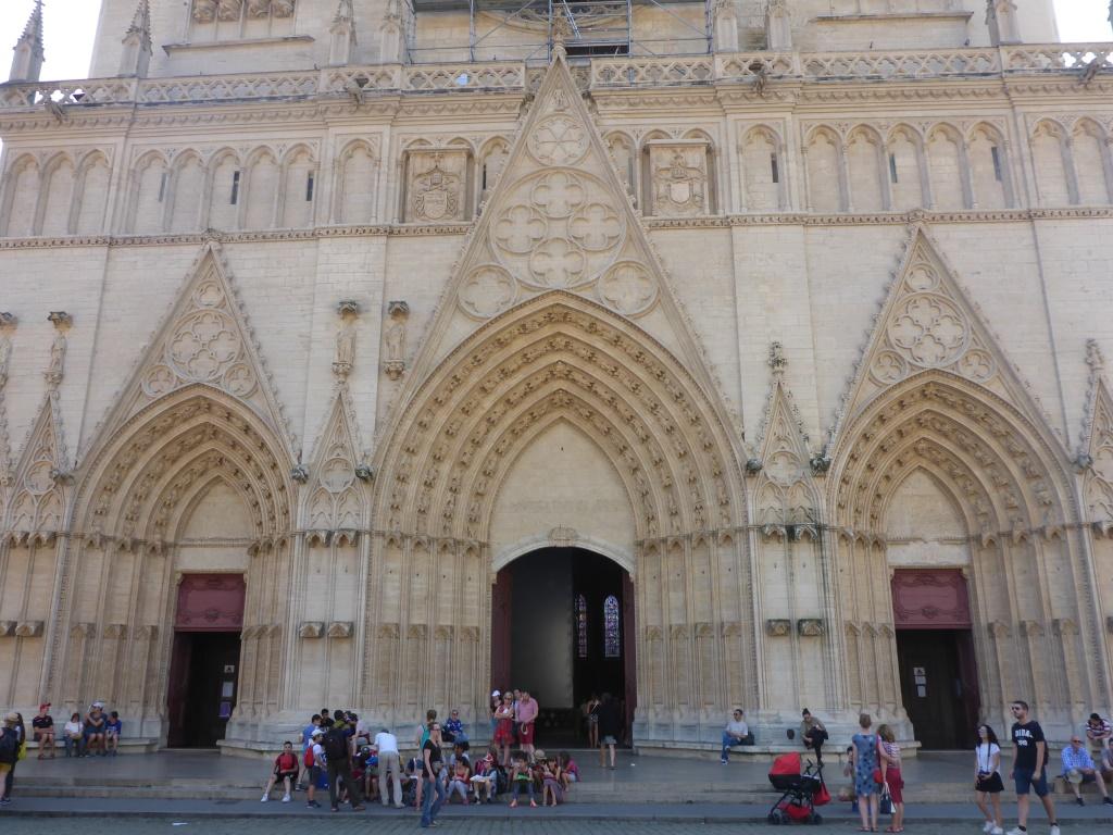 Eingangsportal der Kathetrale Saint-Jean (Bild: Klaus Dapp)