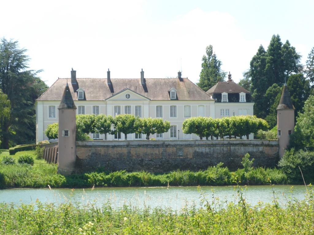 Landsitz bei Pouilly-sur-Saône (Bild: Klaus Dapp)