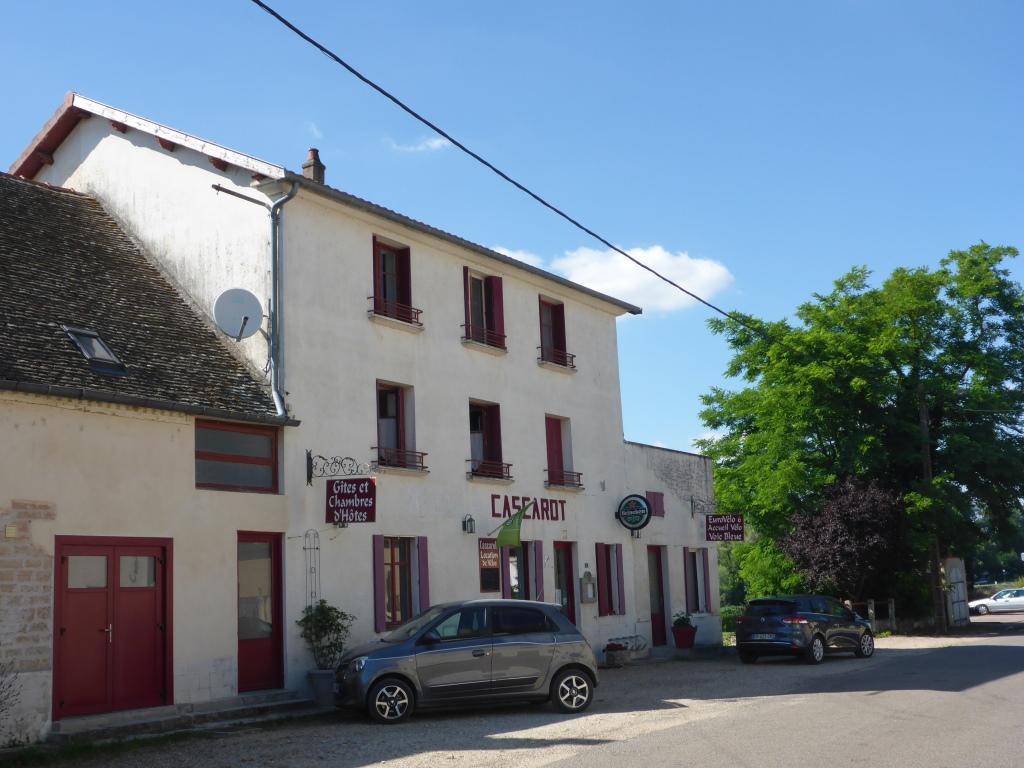 Ehemaliges Dorfgasthaus Cascarot in Lechâtelet (Bild: Klaus Dapp)