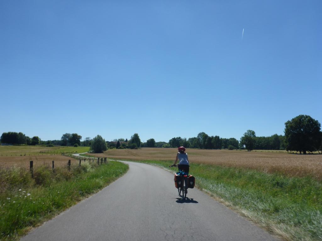 Auf dem Weg zwischen dem Canal Rhône-Rhin und der Saône (Bild: Klaus Dapp)
