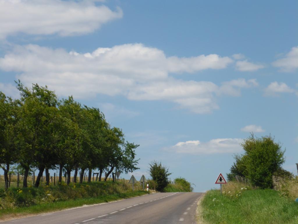 Verbindungsstraße bei Purgerot oberhalb der Saône (Bild: Klaus Dapp)