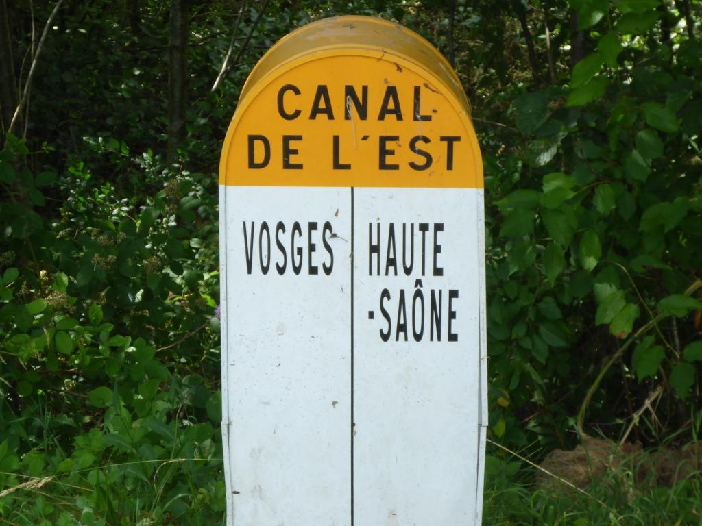 Wir erreichen das Departemant Vogesen - hier noch mit der alten Bezeichnung des Kanals als Canal de l-Est (Bild: Klaus Dapp)