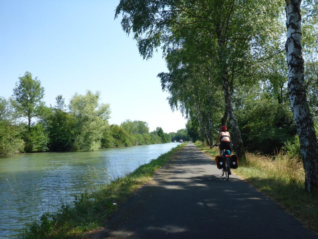 Radweg am Rhein-Marne-Kanal bei Maixe (Bild: Klaus Dapp)