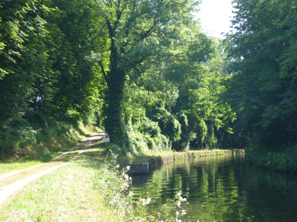 Rhein-Marne-Kanal bei Xouaxange (Bild: Klaus Dapp)