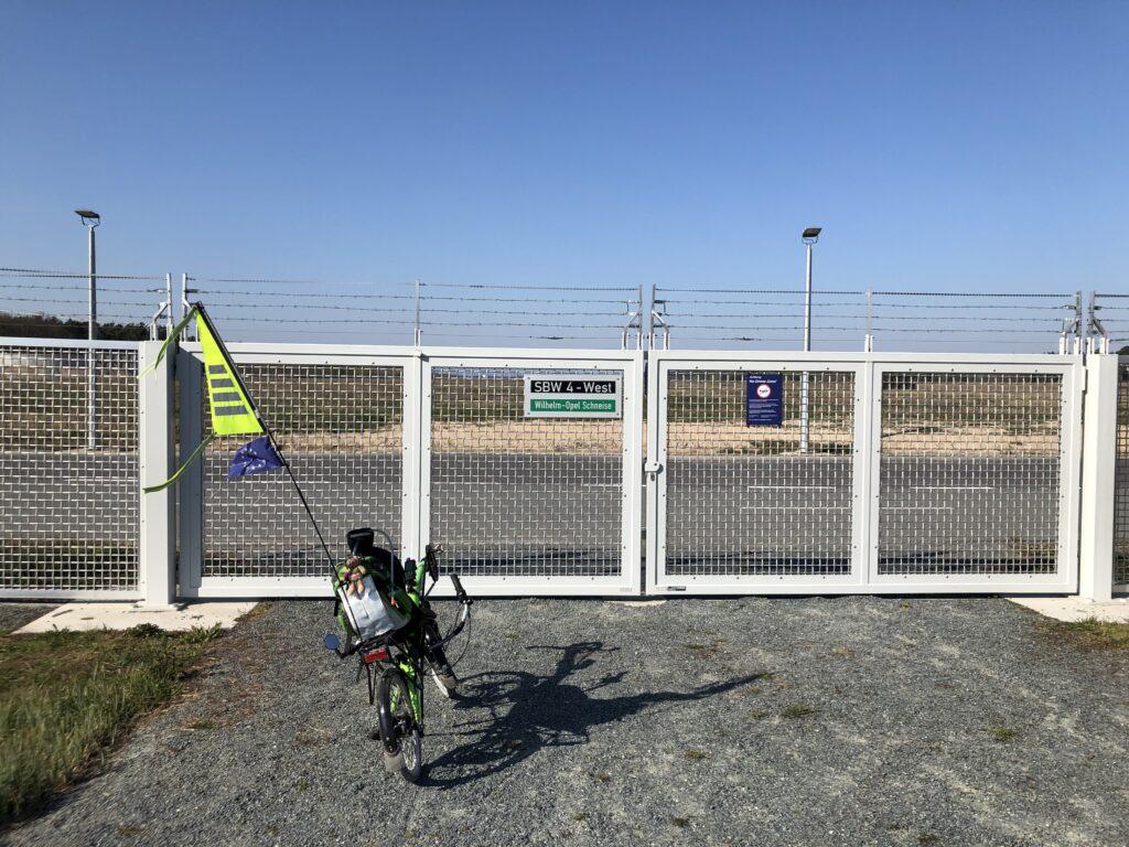 Ende der Startbahn West am Frankfurter Flughafen (Bild: Klaus Dapp)