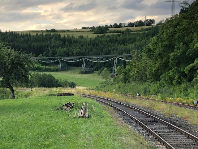 Sauschwänzlebahn vom Bahnhof Epfenhofen aus in Richtung Blumberg (Bild: Klaus Dapp)