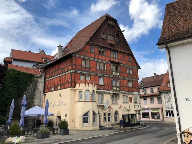 Cafe oberhalb der Altstadt (Bild: Klaus Dapp)