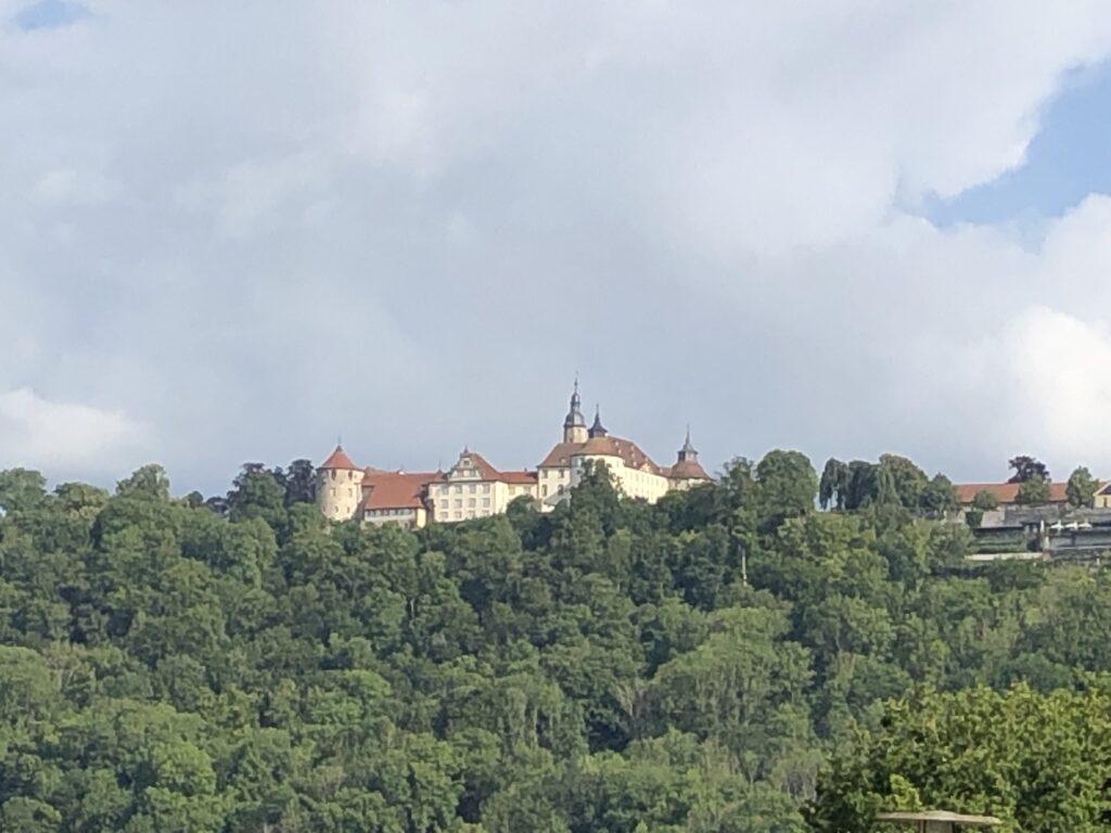 Blick vom Jagsttal nach Langenburg (Bild: Klaus Dapp)