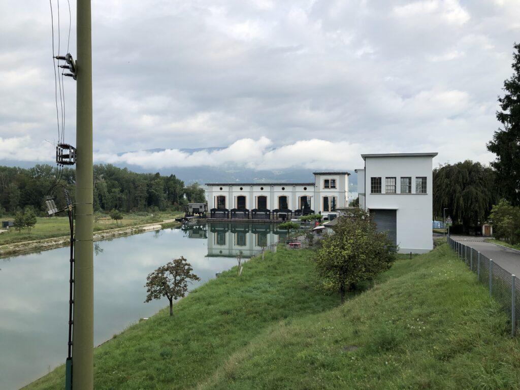 Altes Wasserkraftwerk in Hagneck (Bild: Klaus Dapp)