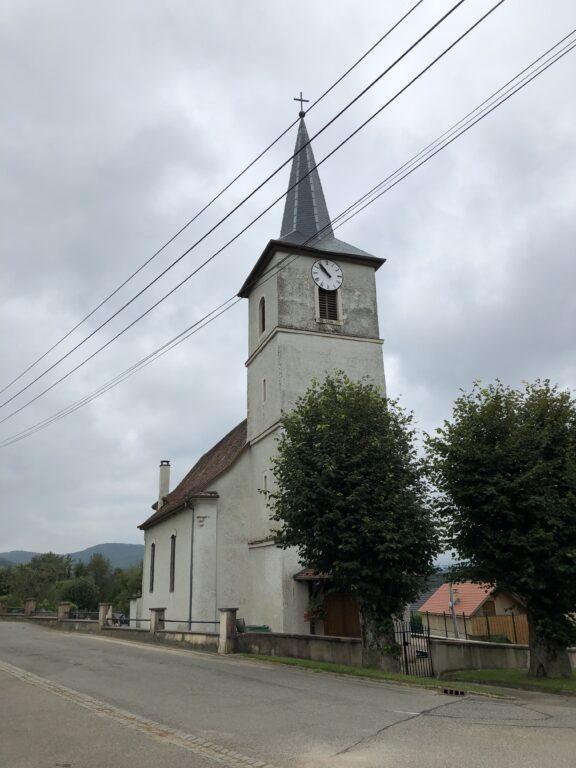 Kirche in Kiffis (Bild: Klaus Dapp)