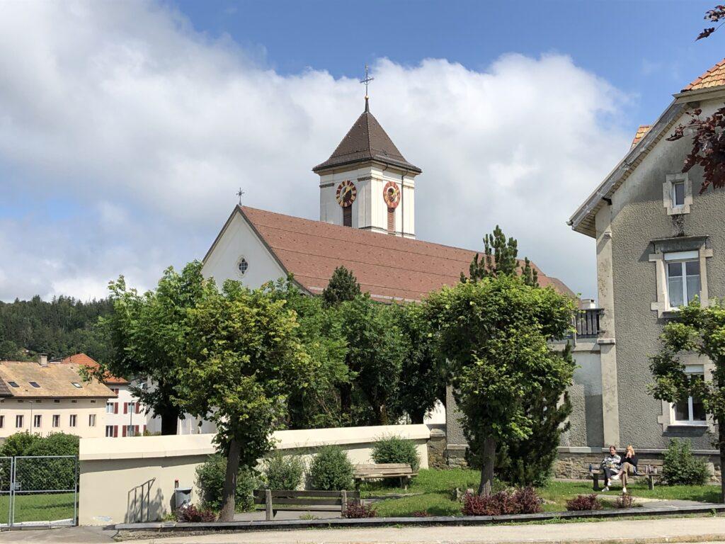 Katholische Kirche in Saignelégier (Bild Klaus Dapp)
