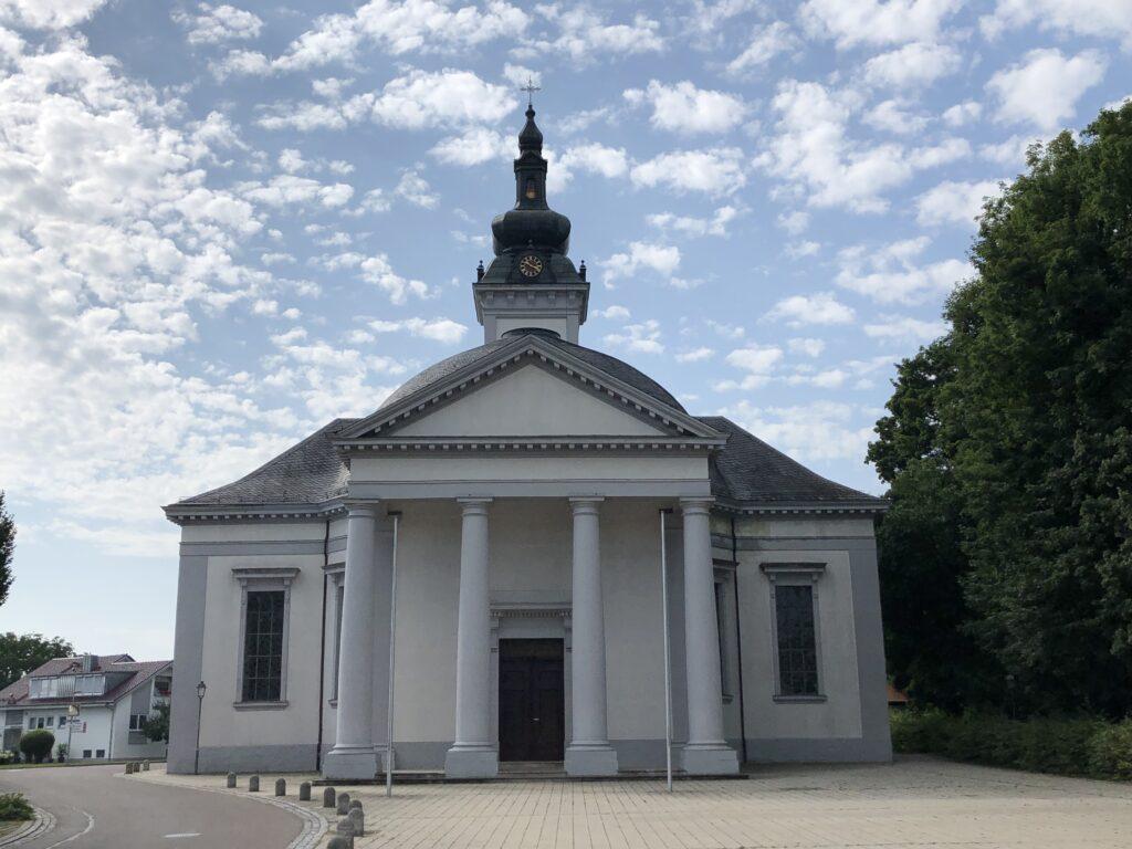 Namen Jesu Kirche in Oberdischingen (Bild: Klaus Dapp)
