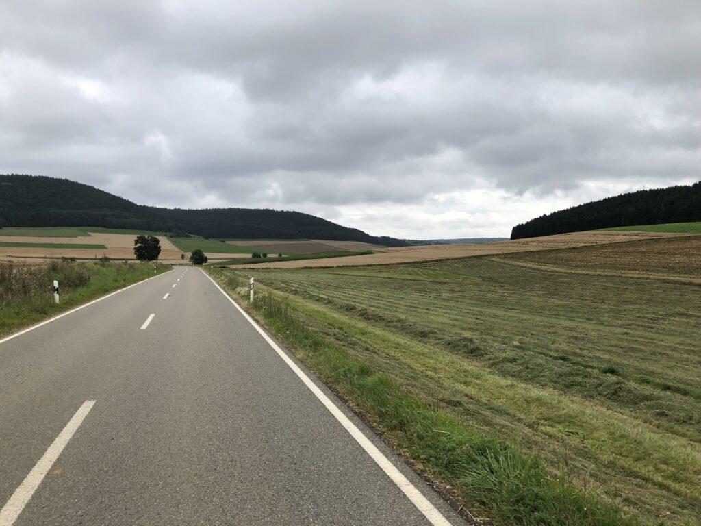 Abfahrt hinter Fürstenberg (Bild: Klaus Dapp)