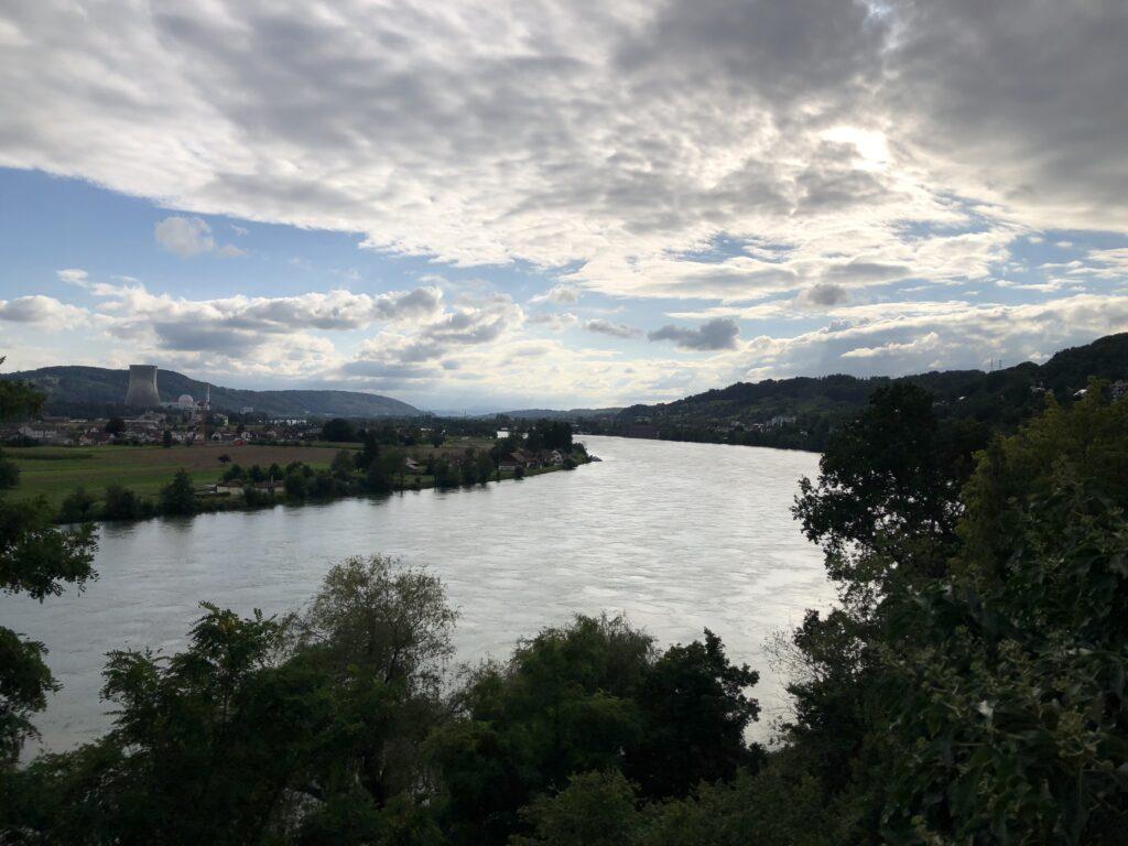 Rhein in Richtung Basel (Bild: Klaus Dapp)