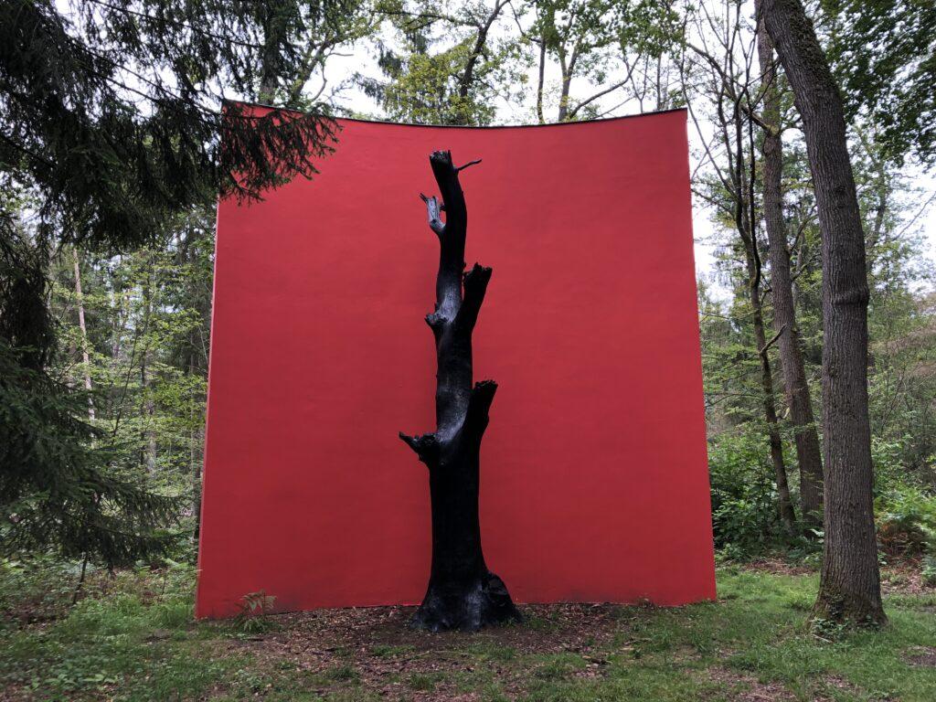 Das Monument der Eiche von Gloria Friedmann (Bild: Klaus Dapp)